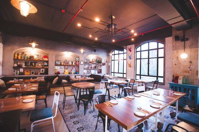 Dining Area-Bodega